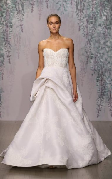 13-monique-lhullier-fall-2016-bridal-min