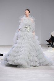 Giambattista Valli Couture 2016 wedding dress 3