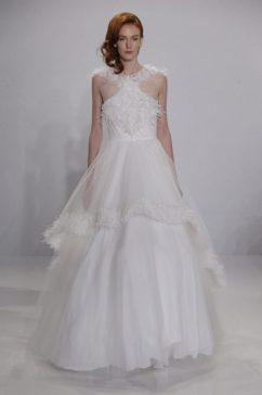 свадебное платье с перьями Christian Siriano 2017