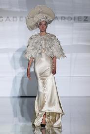 новая коллекция модные свадебные платья 2017 Isabel Zapardiez