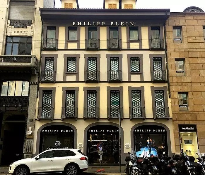 бутик магазин Philipp Plein в милане Milan