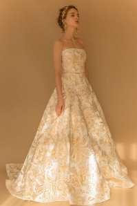 свадебное платье с золотым узором Francesca Miranda