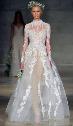 свадебное платье закрытое 2018 с прозрачной юбкой Reem Ocra