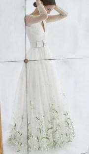 свадебное платье с вышивкой и ремнем Carolina Herrera