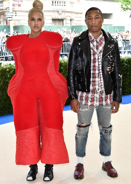 Helen Lasichanh and Pharrell WilliamsMET GALA 2017 red Carpet