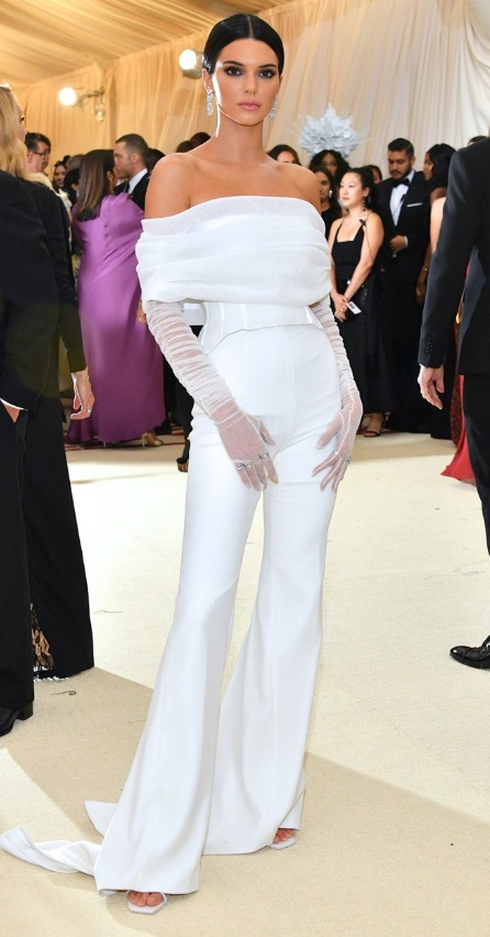 Kendall Jenner in Off-White