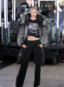 модная шуба Philipp Plein чернобурка в Милане 2018