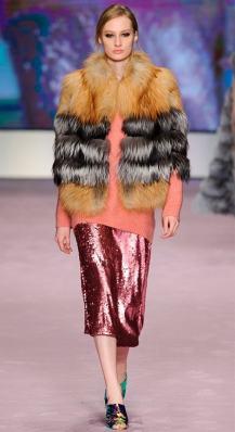 модная итальянская шуба из лисы