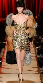 модная шуба Москино зима 2018 в Милане
