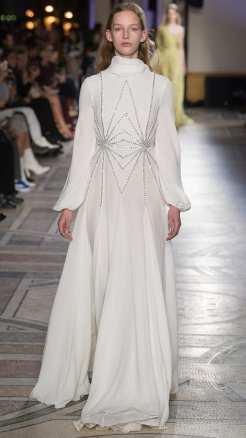 свадебное блатье с длинным руковом свадебное платье Giambattista Valli 2018