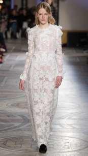 кружевное свадебное платье с руковами свадебное платье Giambattista Valli 2018