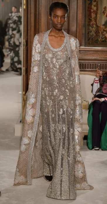 самое роскошное свадебное платье Valentino HAUTE COUTURE SS 2018