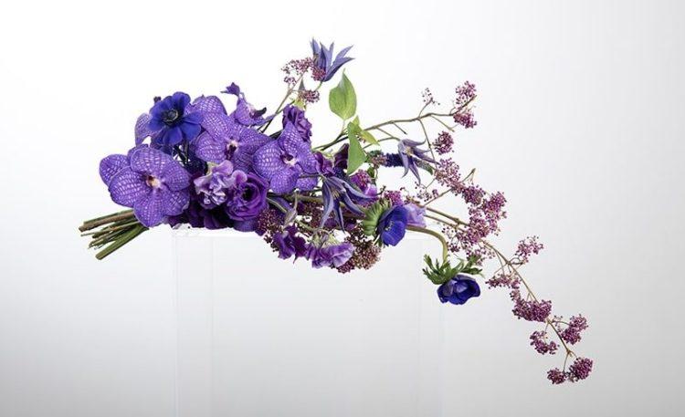 свадебный букет в фиолетовом цвете - свет свадьбы 2018 ультрафиолет цвет свадьбы 2018 ultra violet wedding color trend 2018