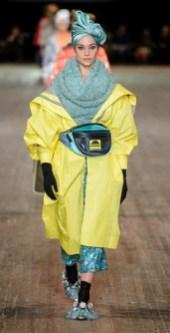 как носить модный желтый цвет Meadowlark