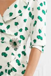 как модно стильно носить брошь с платьем