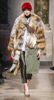 модные итальянские шубы Simonetta Ravizza в Милане зима 2018 2019