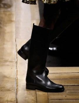 модная обувь весна осень зима 2020 сапоги наездницы