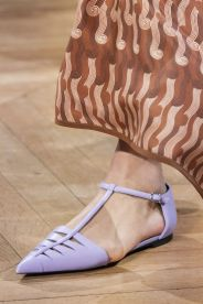 stella-mccartney-fall-2020-runway-flats