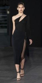 модные платья 2020 тренд ассиметричное платье