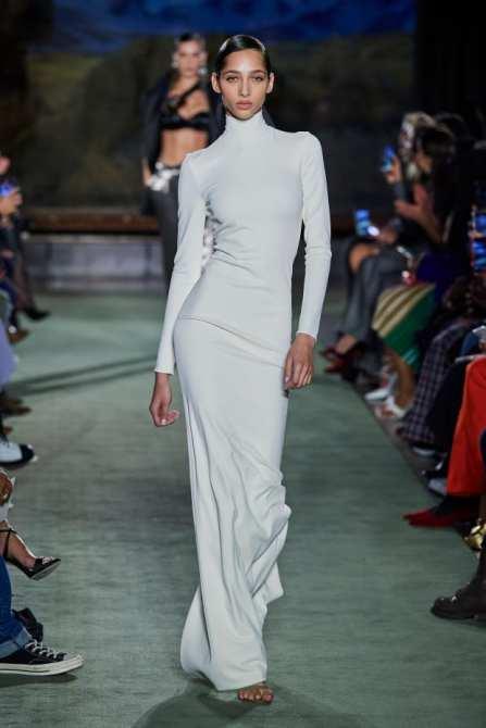 модные платья 2020 платье по фигуре узкие