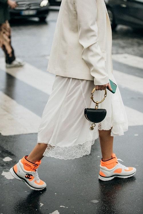 какие кроссовки модные в 2020 году - крутые кросы Шанель