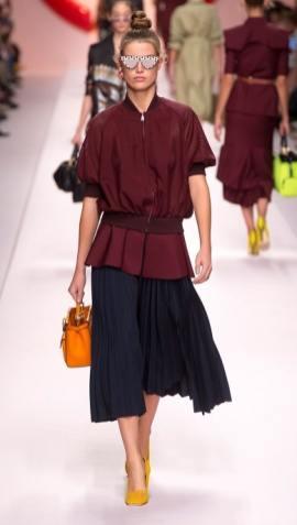 как модно носить плиссированную юбку - модные образы