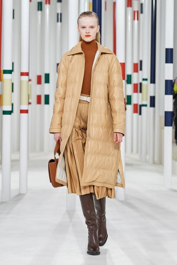 модное пальто 2020 2021 тенденция стежка