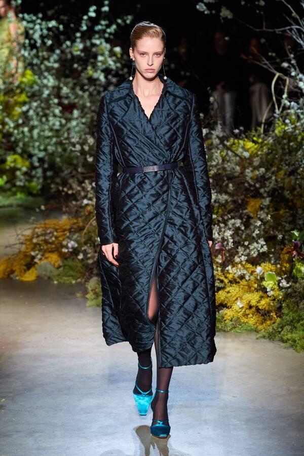 модное стеганое пальто осень зима 2020 2021