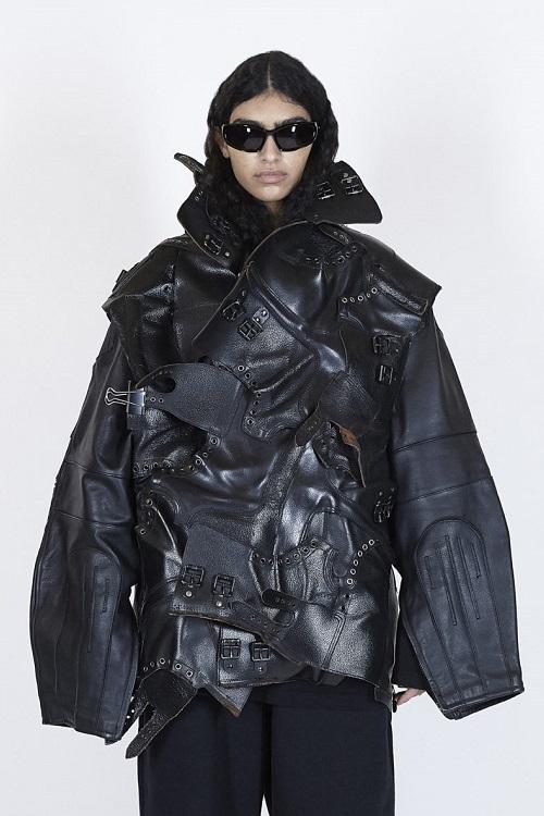 модные кожаные куртки 2021 Баленсиага