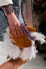 модные тенденции сумок осень зима 202 2021 сумки седло