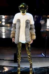 модная шуба из лисы Philipp Plein 2020