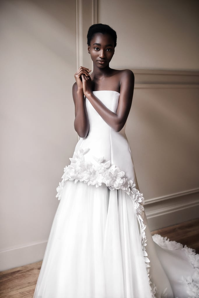 свадебные платья с цветами модный тренд 2021