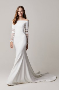 свадебные тенденции 2021 - тренд платье их крепа