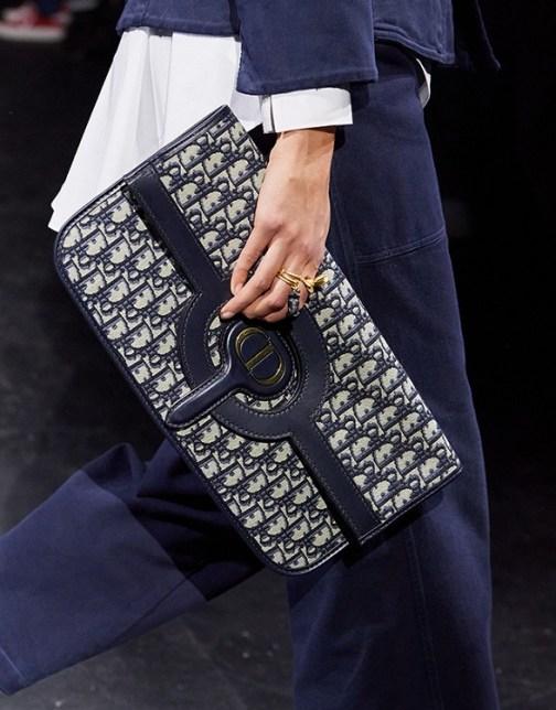 Модные сумки 2021 тренд клатч