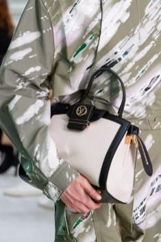 Модные сумки для офиса 2021