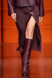 модные сапоги осень весна 2021 2022 тренд сапоги с широким голенищем