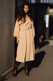 Модные пальто 2021 2022 тренд тренч