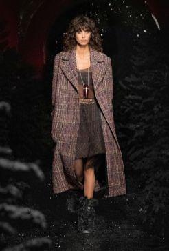Модные пальто 2021 2022 тренд классическое пальто из твида