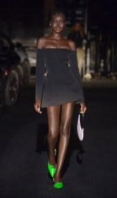 модные черные платья 2021 модные цвета тренд