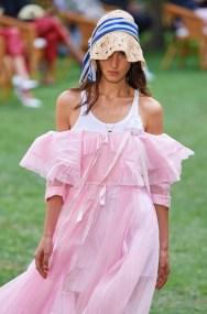 модные платья 2021модные цвета платьев розовый