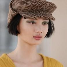 модные шапки осень зима 2021 весна 2022 тренд кепи