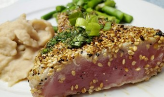 sesame seed crusted tuna steaks