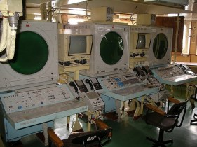 Kuznetsov's combat information center (http://englishrussia.com/2012/03/30/ill-fame-of-the-aircraft-cruiser-admiral-kuznetsov/)