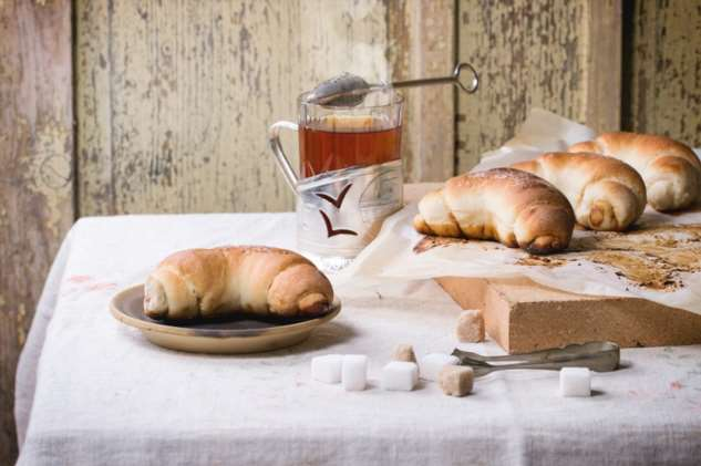 Зачем добавлять какао в тесто для рогаликов