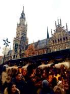 Marienplatz, Weihnachtsmarkt, Xmas-tree at home.