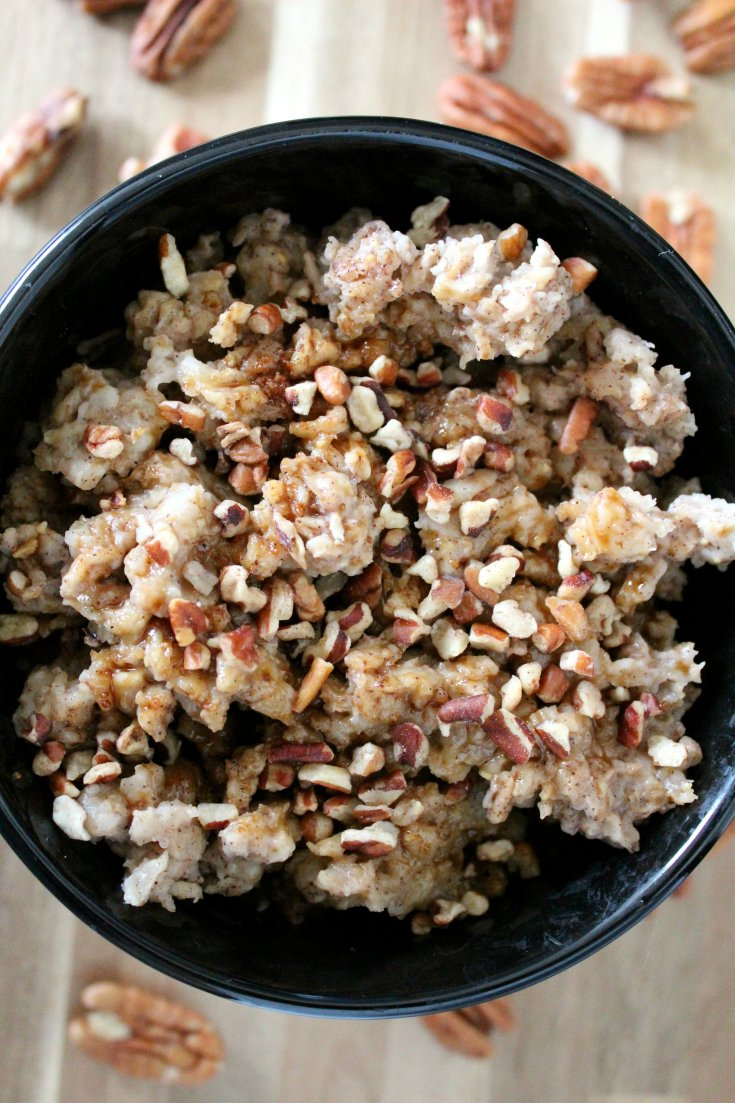 Slow Cooker Pecan Pie Oatmeal
