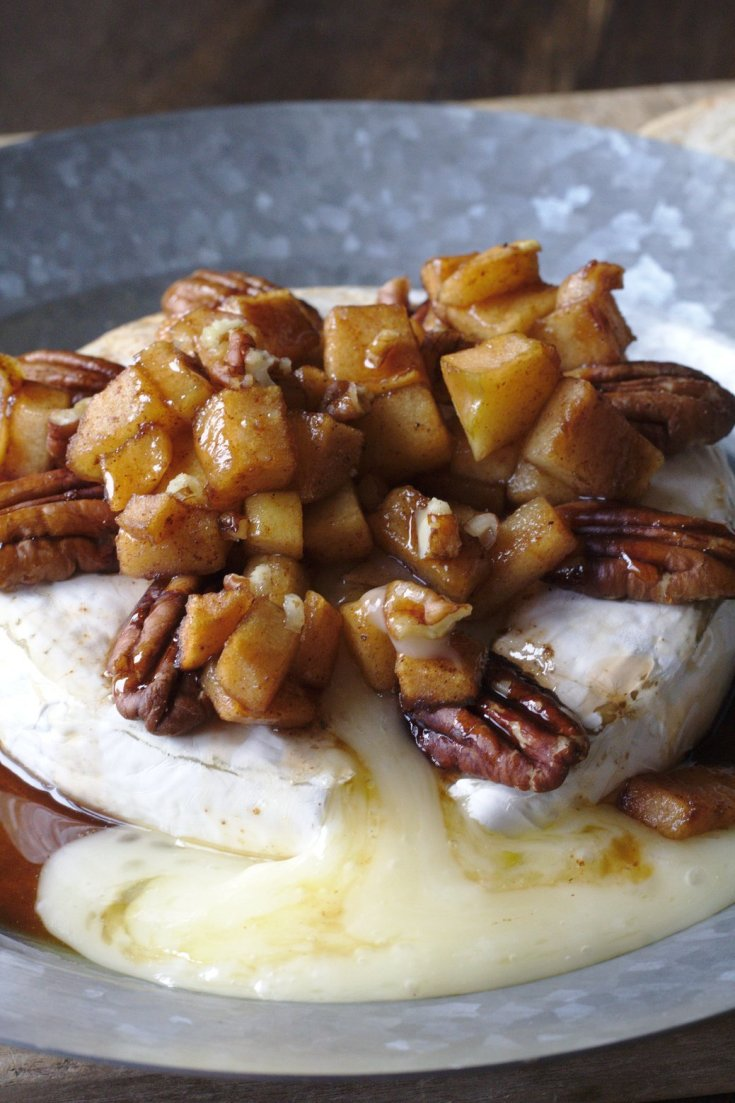 Caramelized Apple Baked Brie