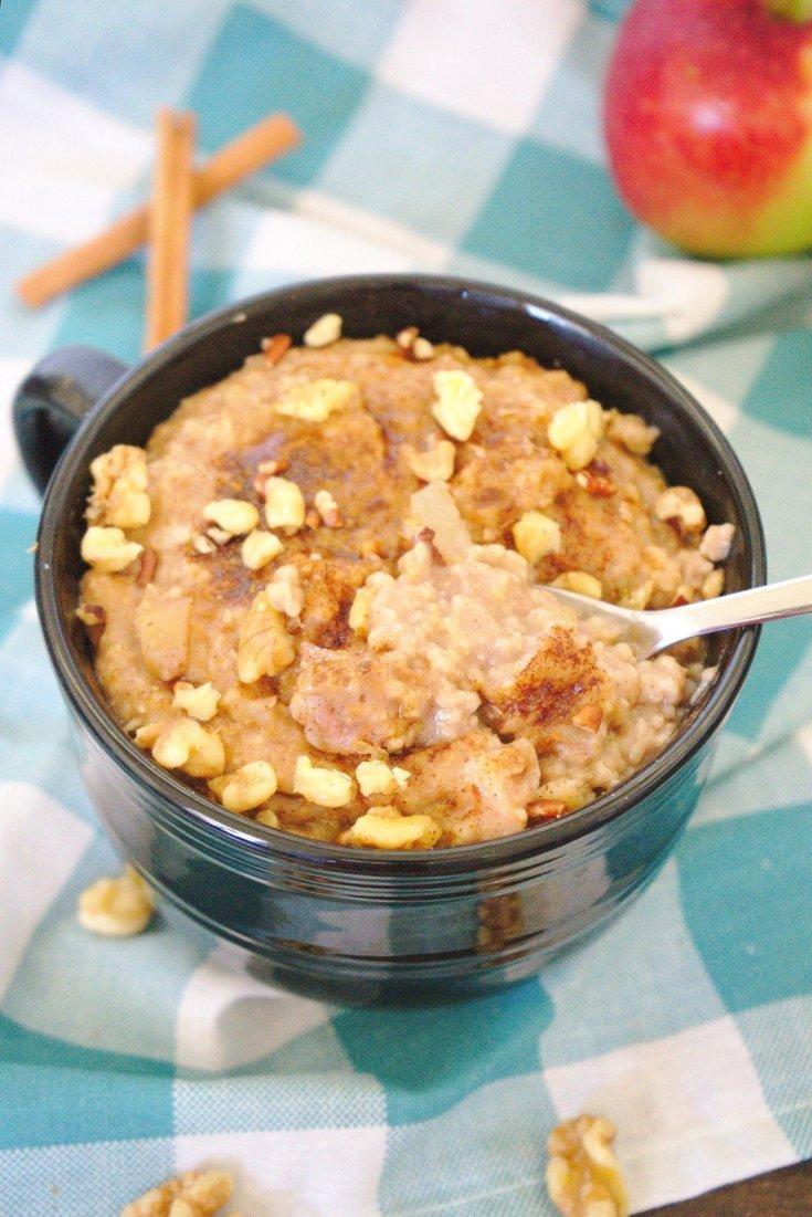 Slow Cooker Apple Pie Oatmeal