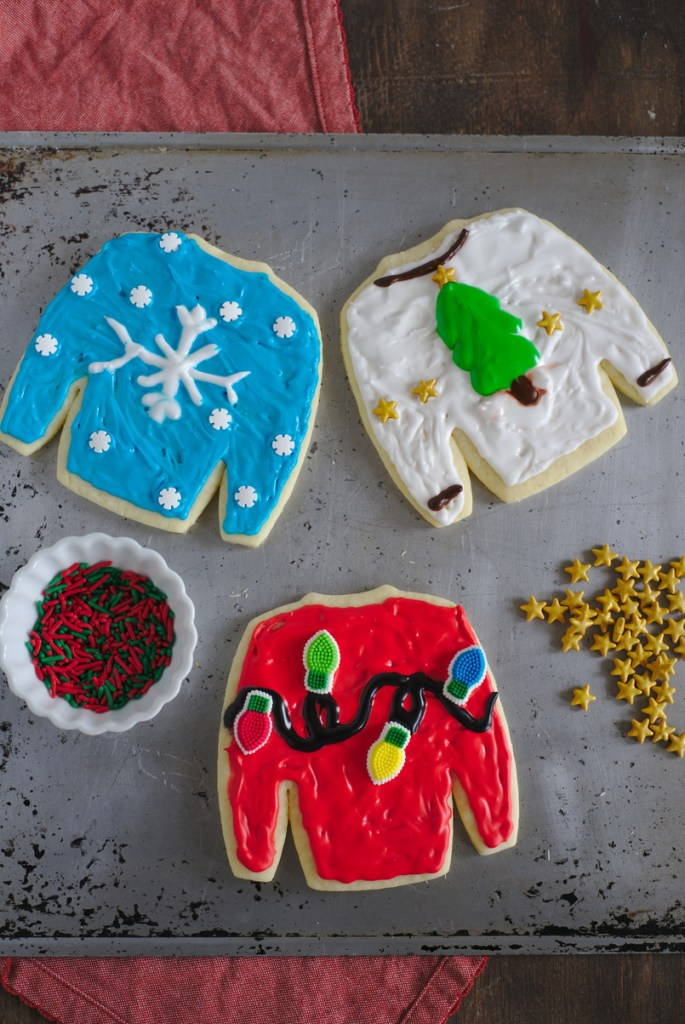 how to decorate ugly sweater cookies