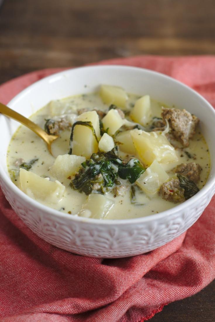 Slow Cooker Zuppa Toscana {Olive Garden Copycat Recipe}